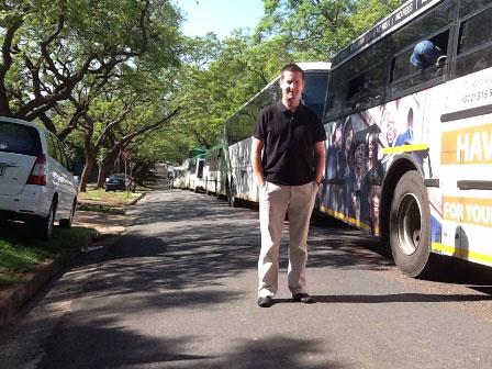 HL--Line-of-buses