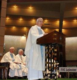 Bp-Carroll-preaches