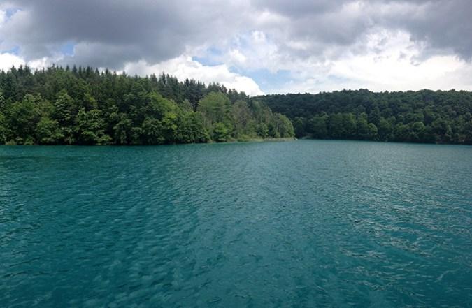 plitvickie jezioro z promu