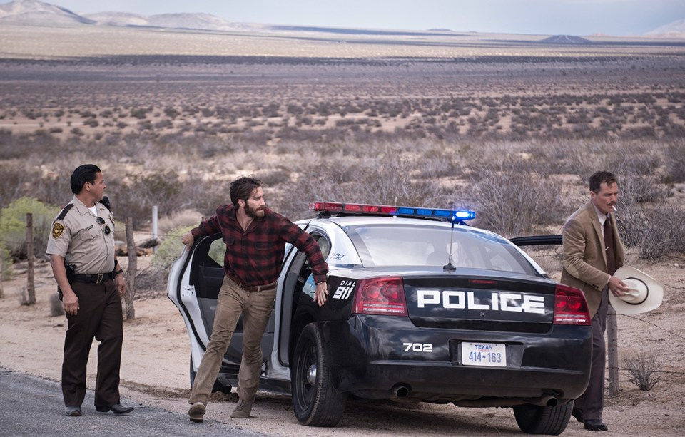 jake gyllenhaal michael shannon nocturnal animals