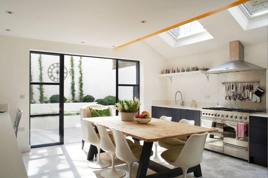 Ekolojik motiflerle aydınlık mutfağın eklektik iç mekanları