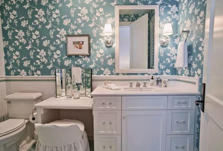 Small Bathroom Space Saving Vanity Ideas - Small Design Ideas on Nice Bathroom Designs For Small Spaces  id=89214