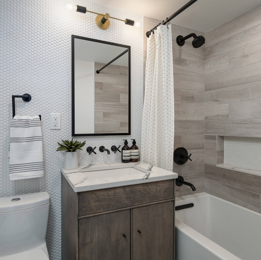 Ideas to Transform Your Apartment's Bathroom - Small ... on Bathroom Ideas For Apartments  id=74818