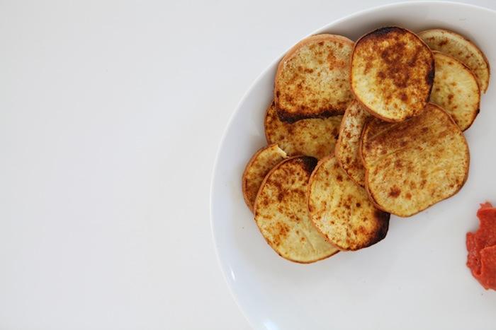 Sweet Potato Chips + Homemade Ketchup | Paleo Snacks