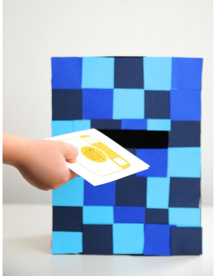 Pixelated Valentine's Box