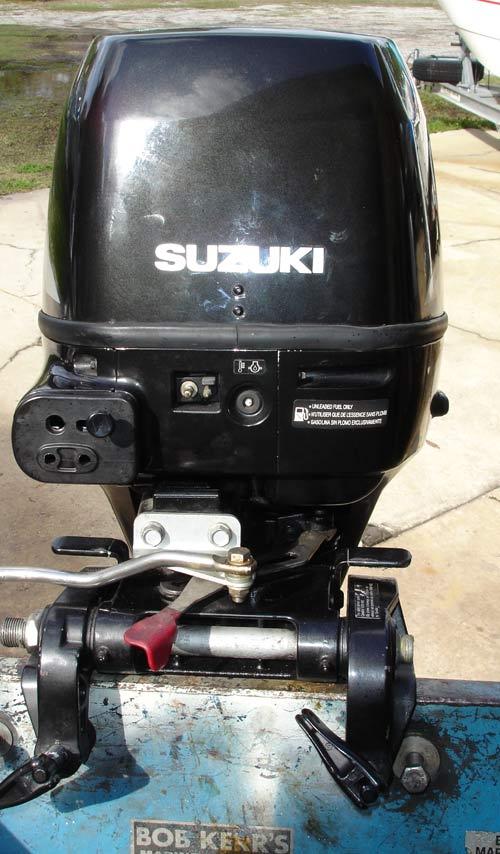 Suzuki Outboard Controls