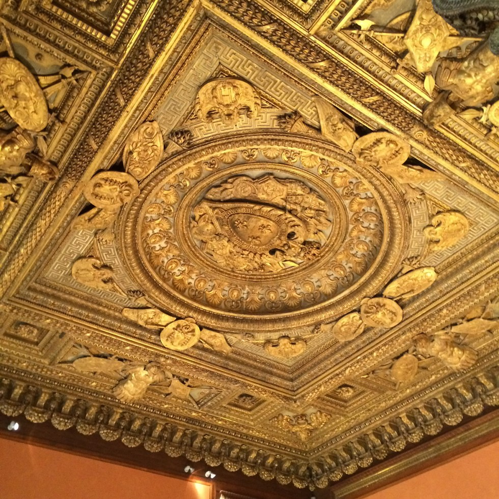 (above) At the Louvre, this carved wooden ceiling was originally located in the Pavillon du Roi on the first floor (second floor in the USA) in Henri II's State Bedroom. This was designed by Lescot and executed in 1556 under the direction of the Italian wood-carver Francisque Scibec de Carpi.