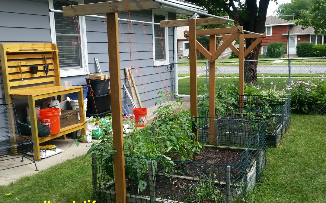 Square Foot Gardening, Garden, Urban Gardening, Seeds, Seedlings, Wicking Beds, Raised Beds, Trellis, Vertical Gardening, Rain Gutter Grow Systems, Soils, Compost, Grow What You Eat, Homestead, How to Develop a 2018 Garden Plan