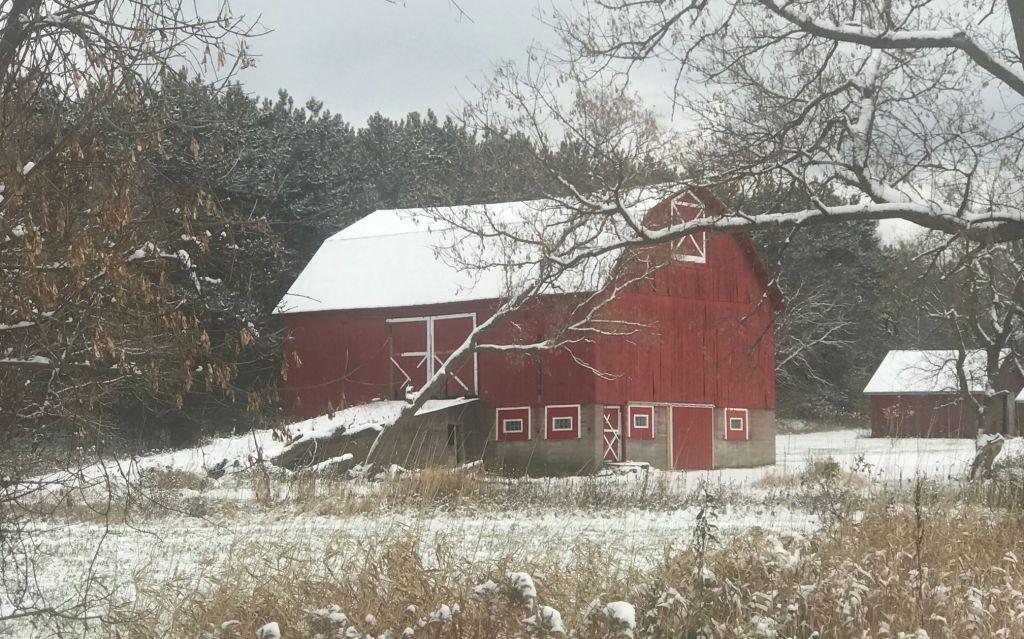 red barn; Sheridan, WI; exploring backroads