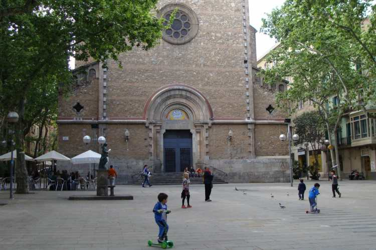Neighborhood In Focus: Barcelona's Gracia