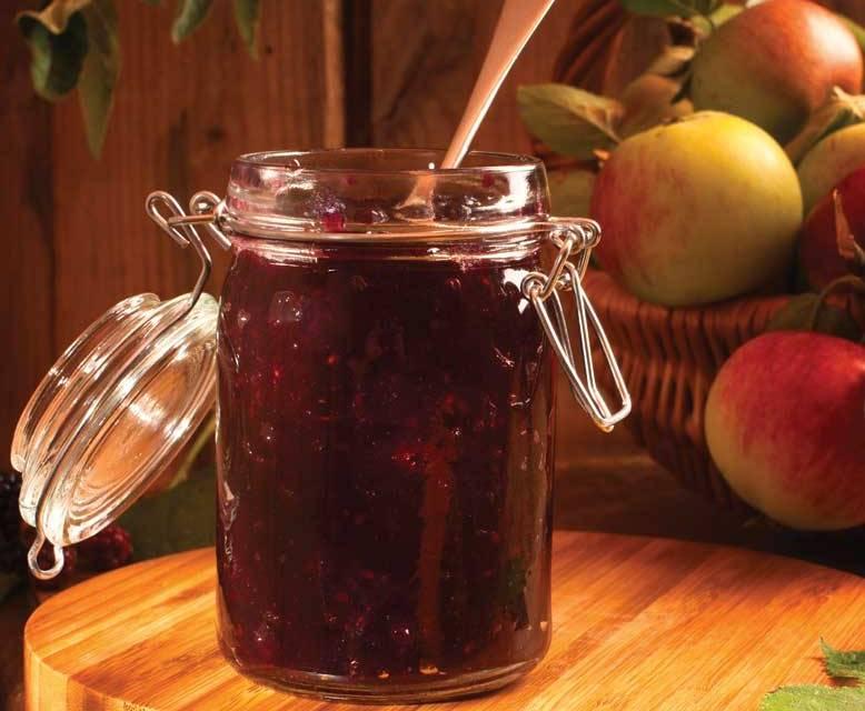 Damson and Apple Jam