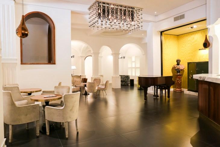 Hotel Oriente, Nicola Bramigk