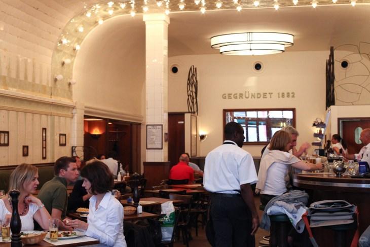 Cafe Paris, Nicola Bramigk, Hamburg