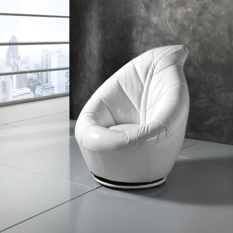 Le poltrone sono solitamente associate all'arredamento del living, ma in realtà possono. Poltrone Per Camera Da Letto Dal Design Moderno