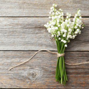 farmhouse rustic wood and flowers