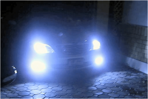 https://i1.wp.com/www.smartdriving.co.uk/Assets/Driving_Assets/Photos/headlights.png
