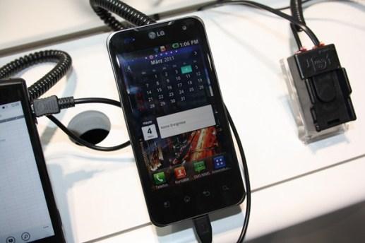 LG Optimus Speed (1) [600 breit]