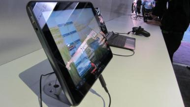 Acer Iconia Tab A510 CES 2012 (2)