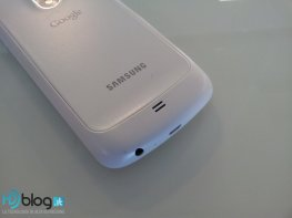 galaxy-nexus-white-9