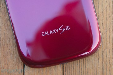 galaxysiiigarnetredhandson27-1343458498