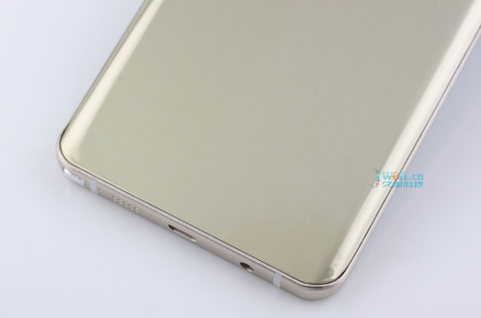 Samsung-Galaxy-Note5-Dummy-017