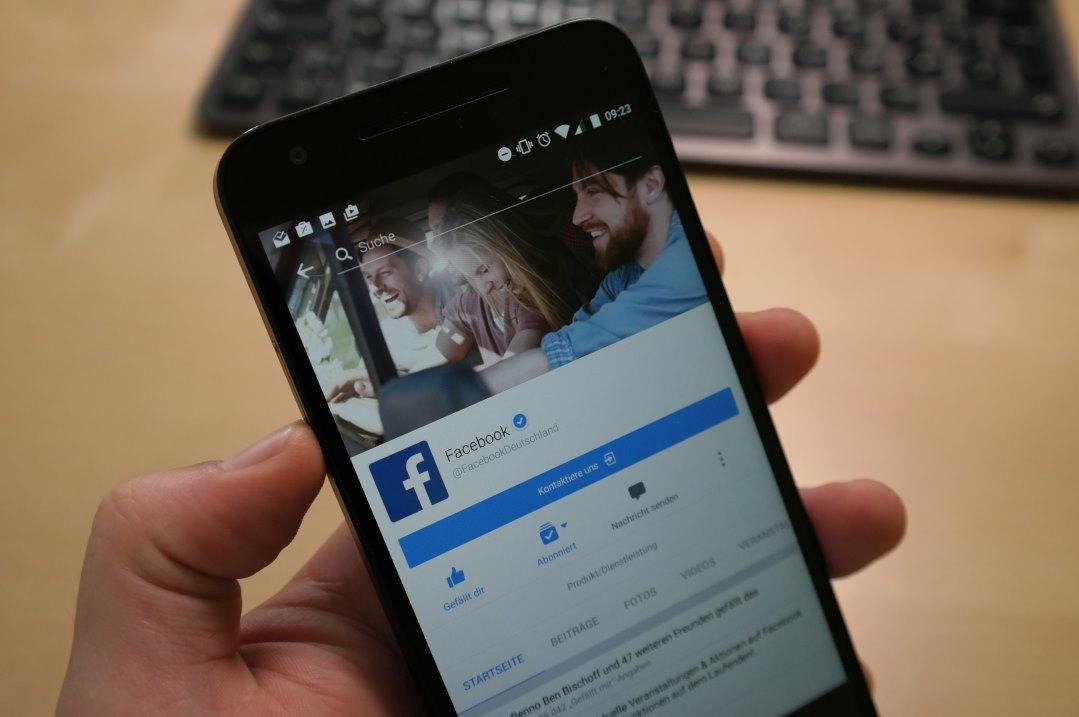 Facebook App Foto Header