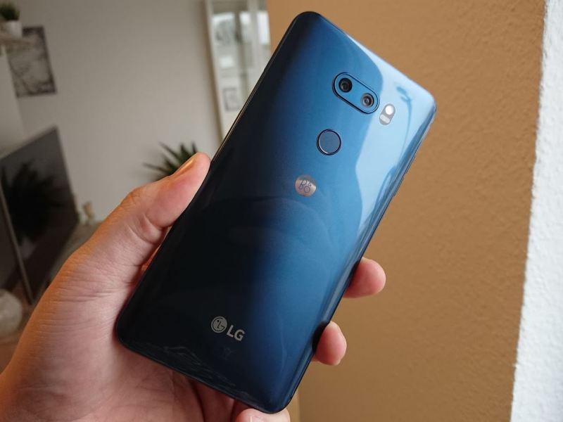 LG V30 Blau Rückseite Testbericht