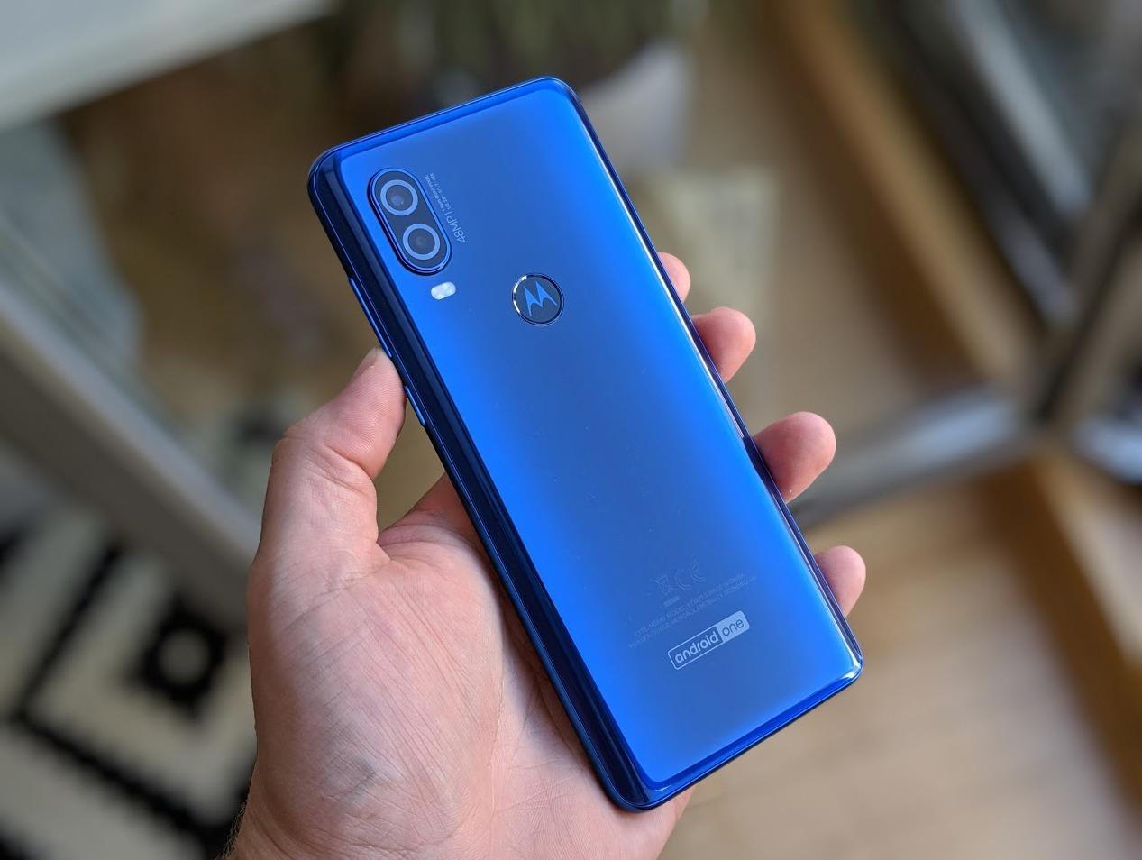 Motorola One Macro: Nächstes Smartphone mit spezieller Kamera