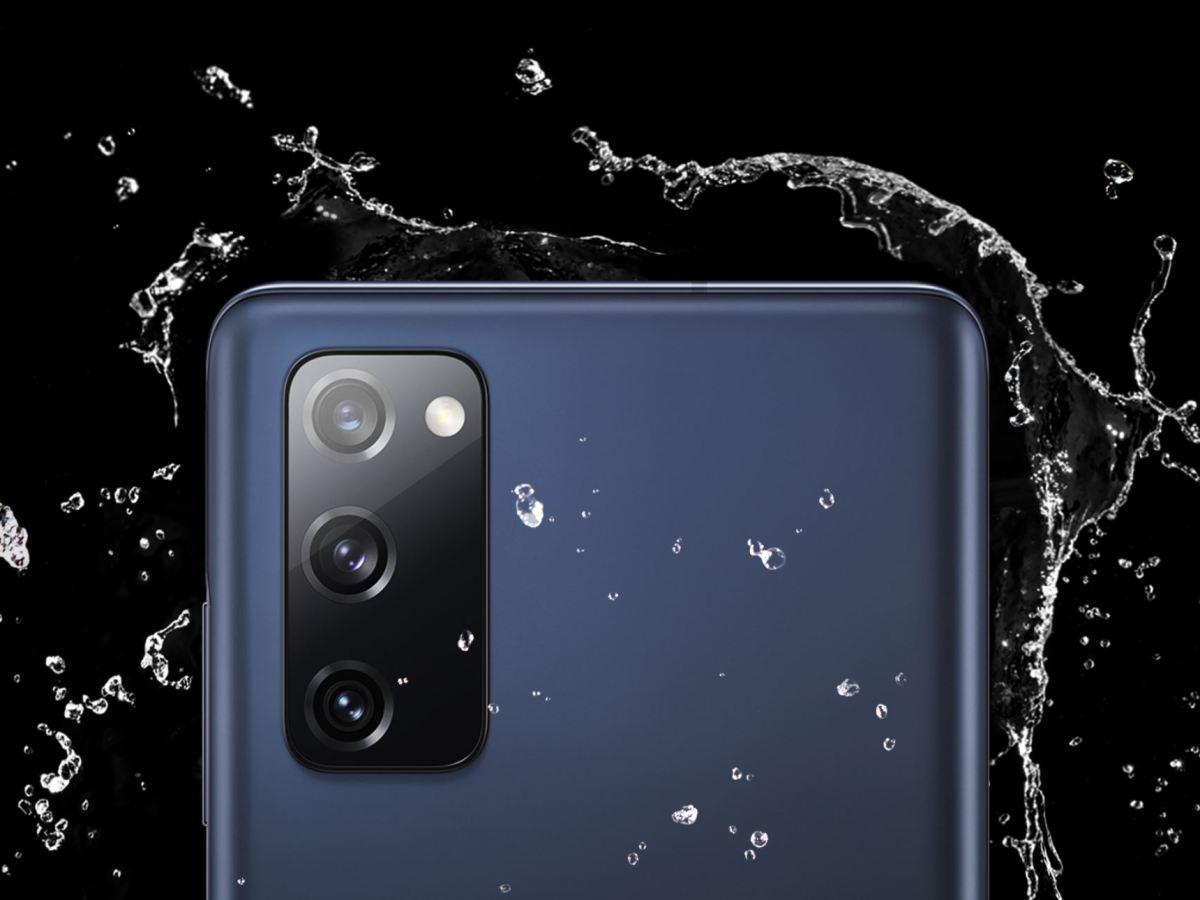 Samsung Galaxy S20 Fe Rückseite Wasser