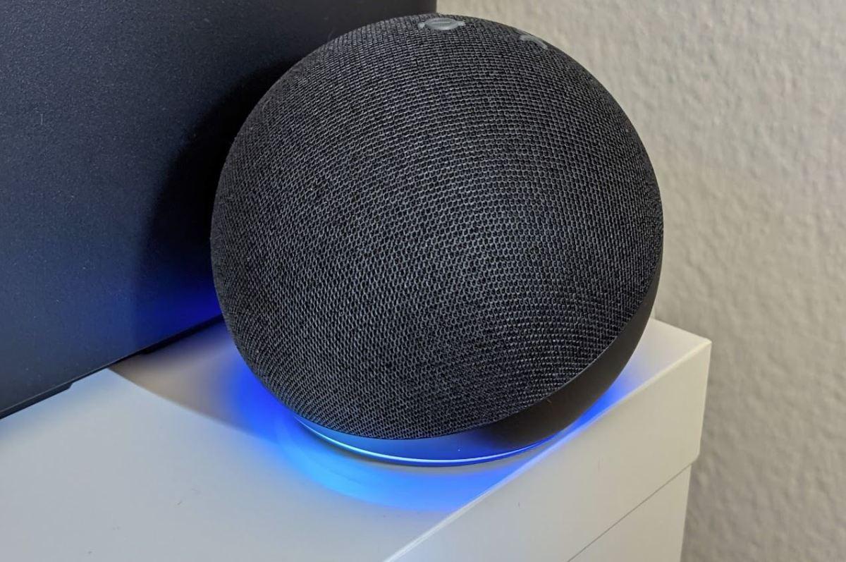 Amazon Echo Dot 4 Alexa Head