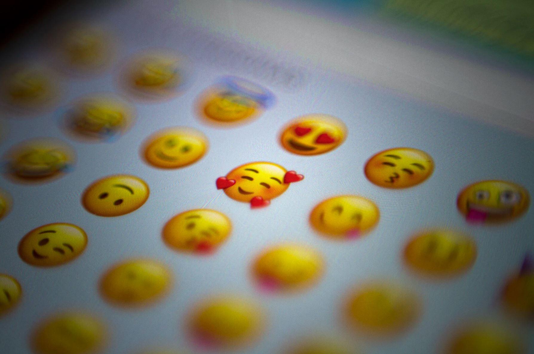 Emojis eigentliche bedeutung 😘💋 Kuss