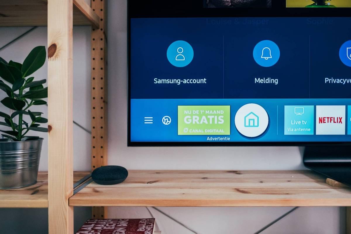 Samsung Tizen TV Head