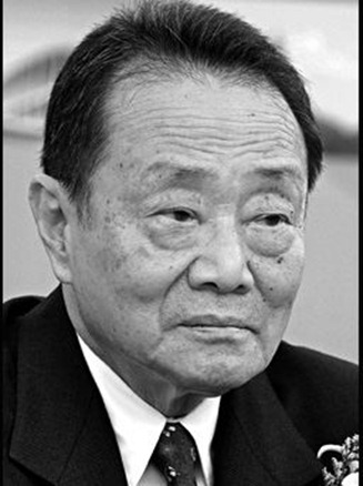 "Founder, Kuok Group<br /><br /> <strong>AGE:</strong> 84  </p><br /> <p>Kuok made his fortune thanks to a sugar-trading monopoly in 1960s Malaysia. Today, his Kerry Group is a huge investor in China—with stakes in everything from hotels to Coca-Cola <ticker symbol=""KO""/> bottling plants to office space. Kuok has a reputation for being soft-spoken and polite; word has it that the habitual smoker once asked the crew of his own plane if he could light up.<br /><br />"