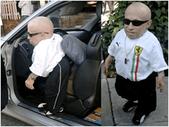 verne troyer in one of his cars
