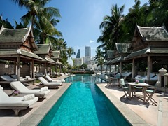 Bangkok city to spend vacations on