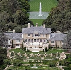Oprah Winfrey Richest Hollywood Actors with Big Houses
