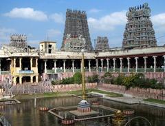 10.meenakshi aman temple