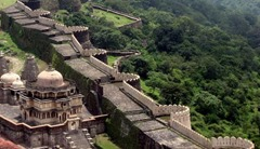 9.Kumbhalgarh-the great wall of india