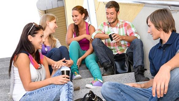 Gespräche bringen die Community in Gang, exklusive Angebote halten sie lebendig. Erfolgreiches Community-Management. Smarter Service Talk mit Brian Kling
