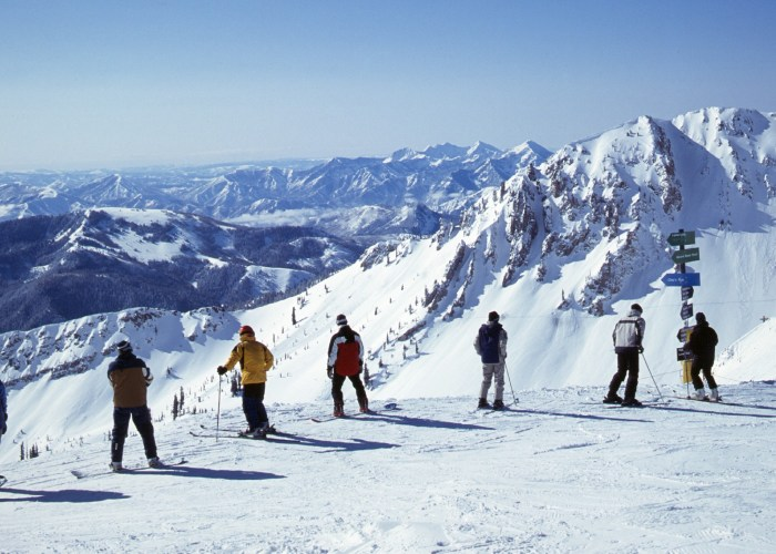 Top Places to Indulge in Winter Pastimes