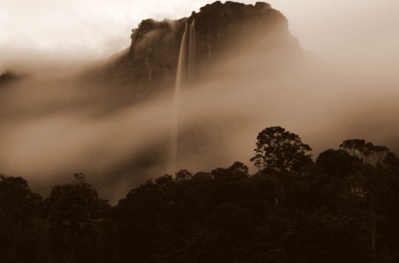 World's Tallest Waterfall: Angel Falls, Venezuela