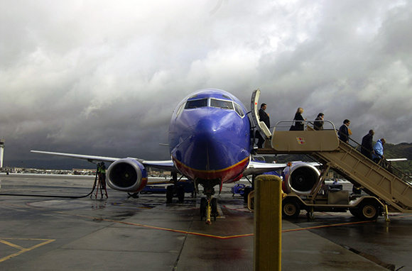 10 Scariest Airports in America