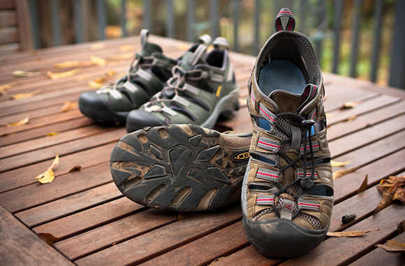 8 Best Travel Shoes in the World