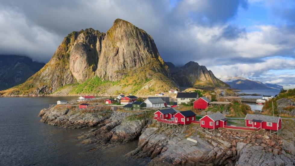 Adventurer: Fjord Norway