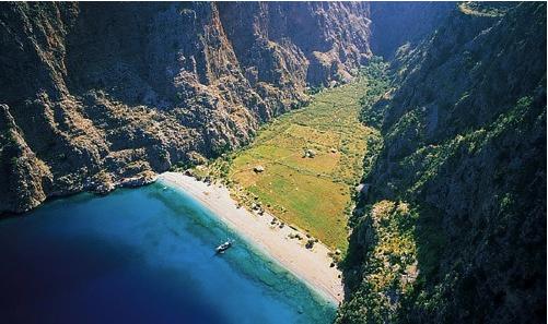 11 Secret European Beaches