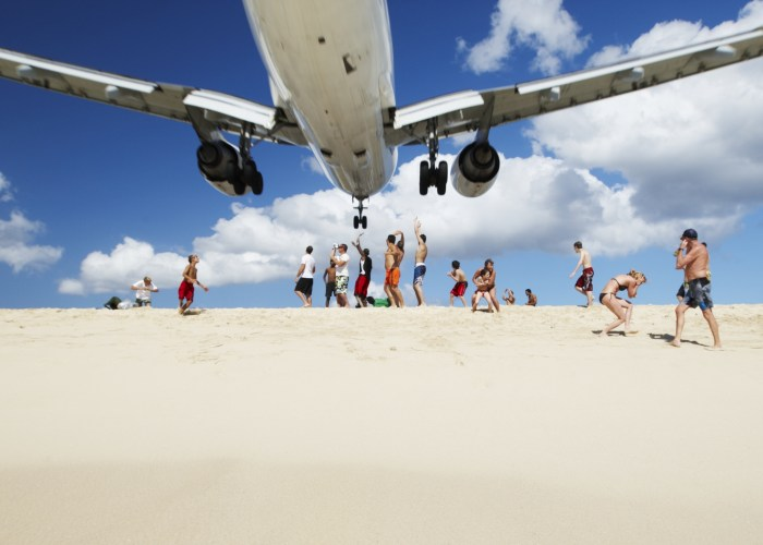 10 Airports with the World's Craziest Landings