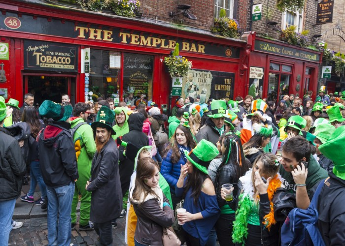 St. Patrick's Day in Ireland Temple Bar