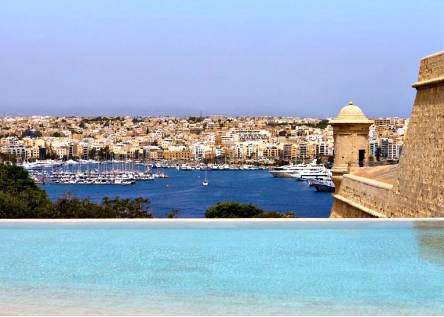 The phoenicia malta pool