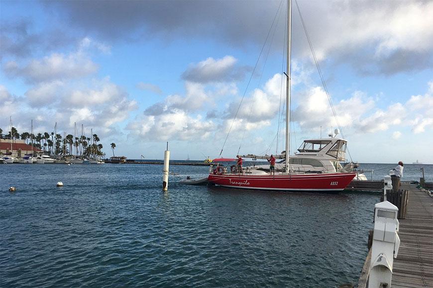 tranquilo tours sailboat aruba.