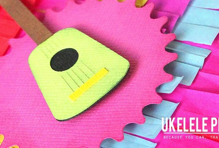 Ukelele Pinata Card – Pinata Week!